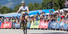 Schurter i Belomoina demostren el seu poder en el 'cross-country'