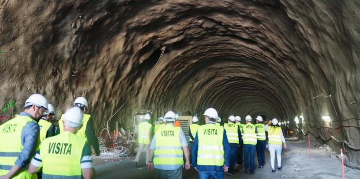 Visita a les obres del túnel de Tresponts.