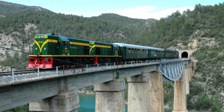 Tren dels Llacs històric.